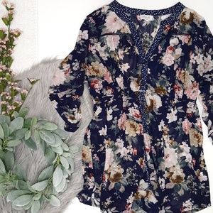 1b2fc99e01073a Siren Lily Maternity Sheer Floral Blouse